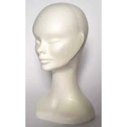 Izložbena ženska glava